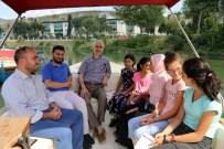 KAĞITHANE BELEDİYESİ - Öğrencilerin Tekne Gezileri Devam Ediyor