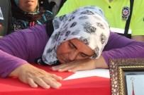 AHMET ALTIPARMAK - Şehit Uzman Çavuş Özkan Bilgiç'i Binler Uğurladı