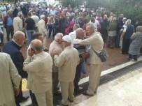 İSLAM ALEMİ - Akçakoca'da Hacılar Yolcu Edildi