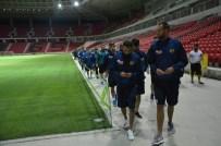 BEĞENDIK - Eskişehirsporlu Futbolcular Yeni Evlerinin Zeminine İlk Adımlarını Attı