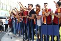 SABRİ SARIOĞLU - Podolski Ve Semih Kadroda Yok!