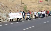 KİŞİ BAŞINA DÜŞEN MİLLİ GELİR - Yozgatlılar, Cumhurbaşkanı Erdoğan'dan Acemi Birliği İstemek İçin Yaya Olarak Yola Çıktı