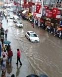 SAHİL YOLU - Zonguldak'ta Yollar Sular Altında Kaldı
