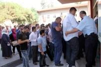 KIRMIZI IŞIK - Darbe Girişimi Sebebiyle Ertelenen Ehliyet Sınavı Sürücü Adaylarına Yaradı