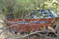KARA KUVVETLERİ - Hakkari'de Bomba Yüklü 3 Araç Ele Geçirildi