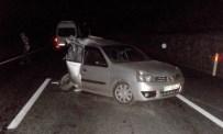 YOLCU MİNİBÜSÜ - Tavşanlı'da Trafik Kazası, 8 Yaralı