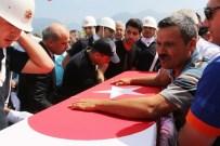KARACAOĞLAN - Üç Şehit Veren Osmaniye İlk Şehidini Uğurladı