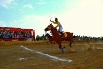 ADALET VE KALKıNMA PARTISI - Ağrı'da At Yarışı