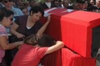 EMRULLAH İŞLER - Kazan Şehidini Dualarla Uğurladı