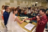 NİKAH DAİRESİ - Mimar Sinan'da İlk Nikah Kıyıldı