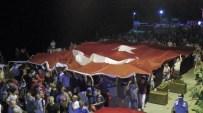 MEHMET ÖZER - Binlerce Kişi Şehitler Ve 30 Ağustos Zafer Bayramı İçin Yürüdü