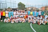 OKAN YıLMAZ - Minikler Futbol Şenliği'ne Renkli Açılış