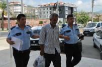 ŞEKERHANE MAHALLESİ - Camide Uyudu, Cep Telefonu Çalındı