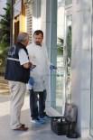 SOYGUN - Mesai Bitiminde Banka Soygunu Teşebbüsü Kilitli Kapıya Takıldı