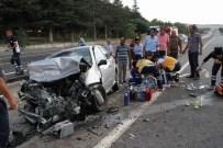GÜMÜŞSU - Yozgat'ta Trafik Kazası Açıklaması 1 Ölü, 4 Yaralı
