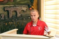 YAZ OLİMPİYATLARI - Gümüşhaneli Milli Atlet Ercan Muslu, Olimpiyatlar Öncesinde İl Genel Meclisinde