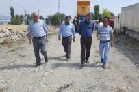 ABDULKADİR OKAY - Eleşkirt'te Yol Asfaltlama Çalışması
