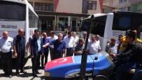MEMİŞ İNAN - Kurucaovalılar Demokrasi Nöbetine Traktörleri İle Geldi