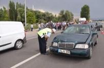 Otomobil Motosikletle Çarpıştı Açıklaması 1 Ölü