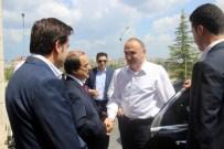 SAKARYA VALİSİ - Bilim, Sanayi Ve Teknoloji Bakanı Özlü, Vali Coş'u Makamında Ziyaret Etti