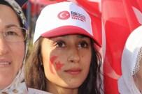 MEHMET MEHDİ EKER - Diyarbakır'da Binlerin Katılımıyla 'Demokrasi Ve Şehitler Mitingi' Yapıldı
