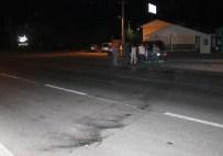 Hafif Ticari Araçla Motosiklet Çarpıştı Açıklaması 2 Yaralı