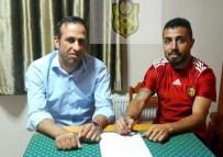 GEVREK - Yeni Malatyaspor'da Caner Arıcı İmzaladı, Mba Uzattı
