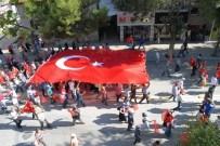 MEHMET AKIF ERSOY ÜNIVERSITESI - Burdur'da Demokrasi Ve Şehitler Mitingi