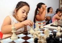 HAŞIM İŞCAN - 'Engelli Yaz Okulu'nda Eğelence İle Eğitim Bir Arada