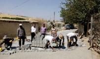MEHMET CAN - Köyler Kilitli Parke Taşla Güzelleşiyor