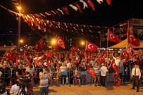 MASON - Araştırmacı Yazar Latif Erdoğan, Esenyurt'ta Demokrasi Nöbeti'nde