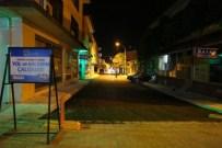 KALDIRIM ÇALIŞMASI - Erzincan Belediyesi Sokakları Asfaltlıyor
