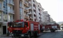 Milas'ta Üçüncü Katta Çıkan Yangın Korkuttu