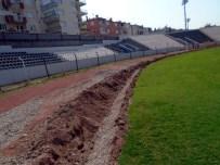 ÇAĞA - Adnan Menderes Stadı'nın Görünümü Değişiyor