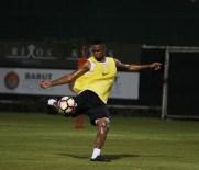 PASCAL NOUMA - Antalyaspor'da Eto'o Takımda Kaldı
