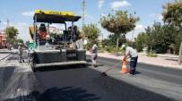 BÜYÜKŞEHİR YASASI - Büyükşehir Karaman Caddesinde Asfalt Yeniliyor