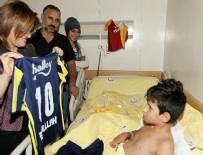 ERSİN ARSLAN - Cumhurbaşkanı Erdoğan'ın ziyaret ettiği yaralı çocuğa forma