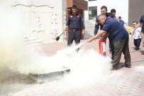 BIYOLOJIK SILAHLAR - Melikgazi Belediyesi Çalışanlarına Sivil Savunma Eğitimi Verildi