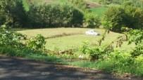 KOZCAĞıZ - Otomobil Tarlaya Uçtu, Burnu Bile Kanamadı