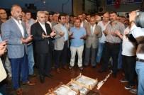 İSMAIL YıLDıRıM - Sezonun İlk Balıkları Karamürsel'de Mezatta Satıldı