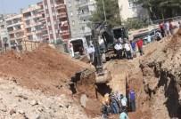 KANALİZASYON ÇALIŞMASI - Siirt'te Göçük Altında Kalan İşçi Hayatını Kaybetti