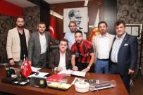 HALIL ÜNAL - Tarık Çamdal Eskişehirspor'a Yeniden İmzayı Attı