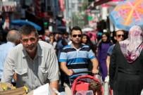 İSTİKLAL CADDESİ - Çarşı-Pazarda Bayram Bereketi