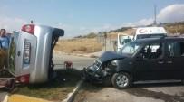 TOPRAK MAHSULLERI OFISI - Bandırma'da Trafik Kazası Açıklaması 2 Yaralı