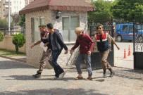 İTİRAF - Çakıl Çalarken Yakalandılar