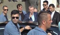 KARACAAHMET - Cumhurbaşkanı Erdoğan'dan kabir ziyareti