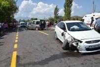 HÜSEYIN TÜRKOĞLU - Ortaca'da Trafik Kazası; 1 Yaralı