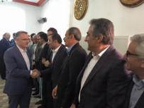 HUKUK DEVLETİ - Ağbal Açıklaması Eşkıya Belediyenin İçerisine Girmiş