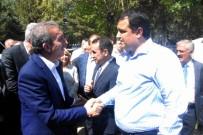 DİYARBAKIR VALİSİ - AK Parti Genel Başkan Yardımcısı Eker, Diyarbakır'da Vatandaşlarla Bayramlaştı