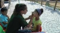 HAYVANLAR ALEMİ - Bayramın İlk Gününde Vatandaşlar Hayvanat Bahçesine Akın Etti